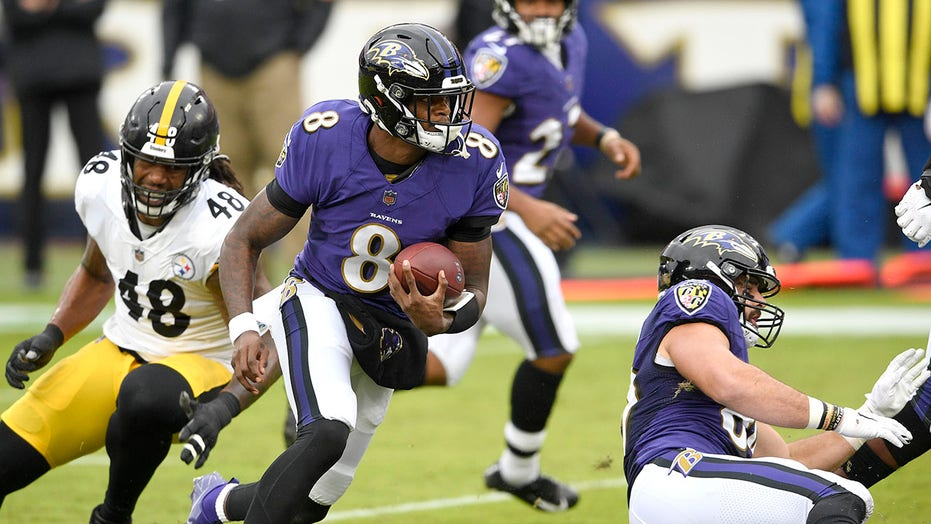 Mike Tomlin on Steelers containing Lamar Jackson: 'We respect him but we do not fear him'