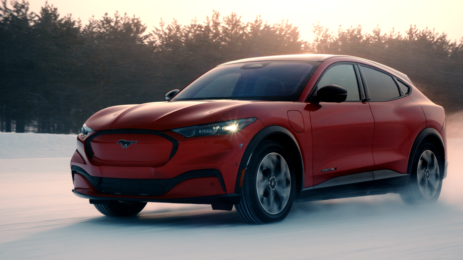 Electric 2021 Ford Mustang Mach-E officially revealed