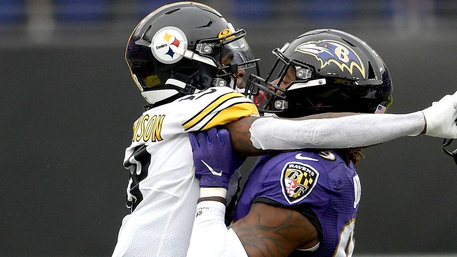 Ravens' Matt Judon apologizes for making contact with official during skirmish