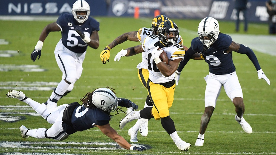 Iowa beats Penn State; Nittany Lions 0-5 for first time