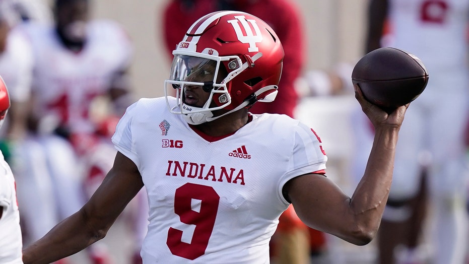 Penix, No. 10 Indiana blank Michigan State 24-0
