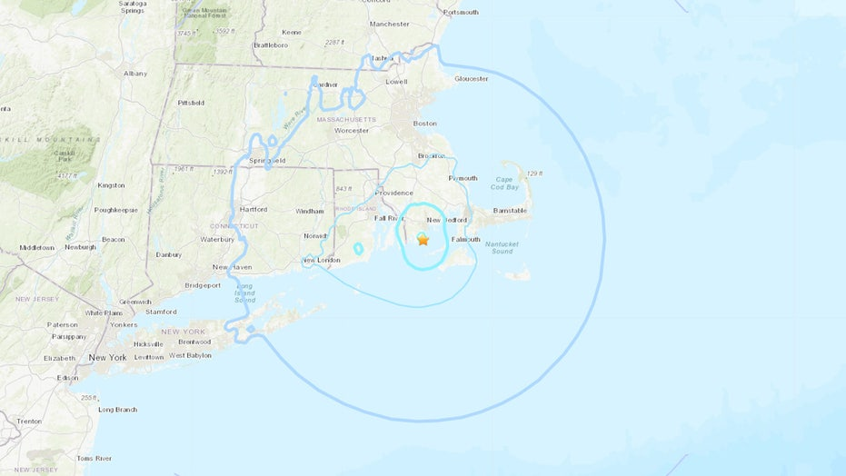 Earthquake in Massachusetts rattles New England, triggers reaction online