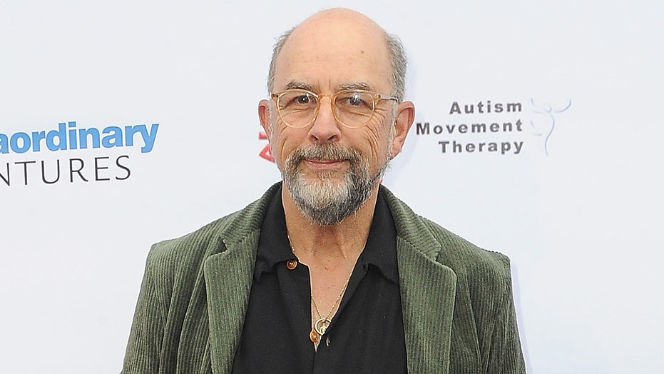 'Good Doctor' star Richard Schiff, 65, hospitalized with coronavirus