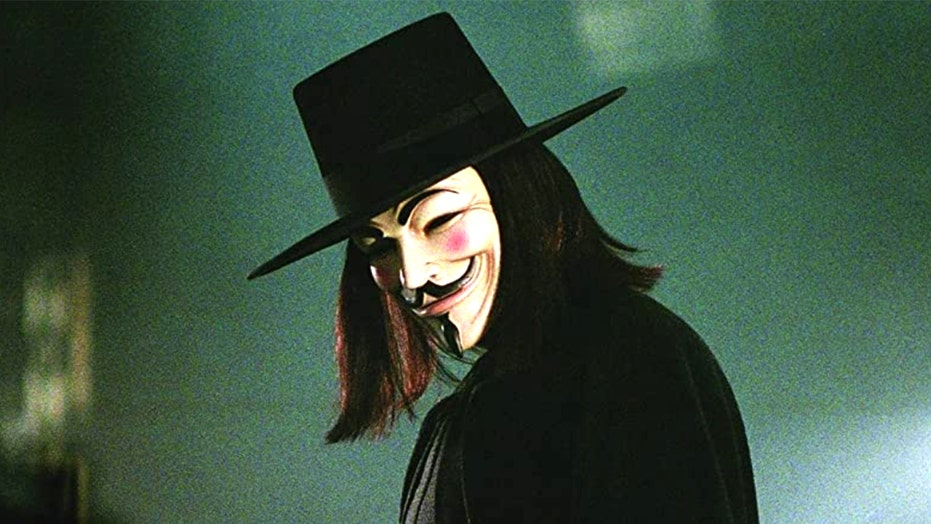 'V for Vendetta' film trends on Twitter as fans point out parallels to 2020