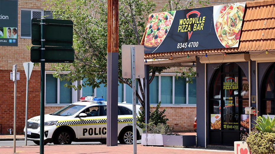 Pizza restaurant worker's lie led to South Australia lockdown, officials say