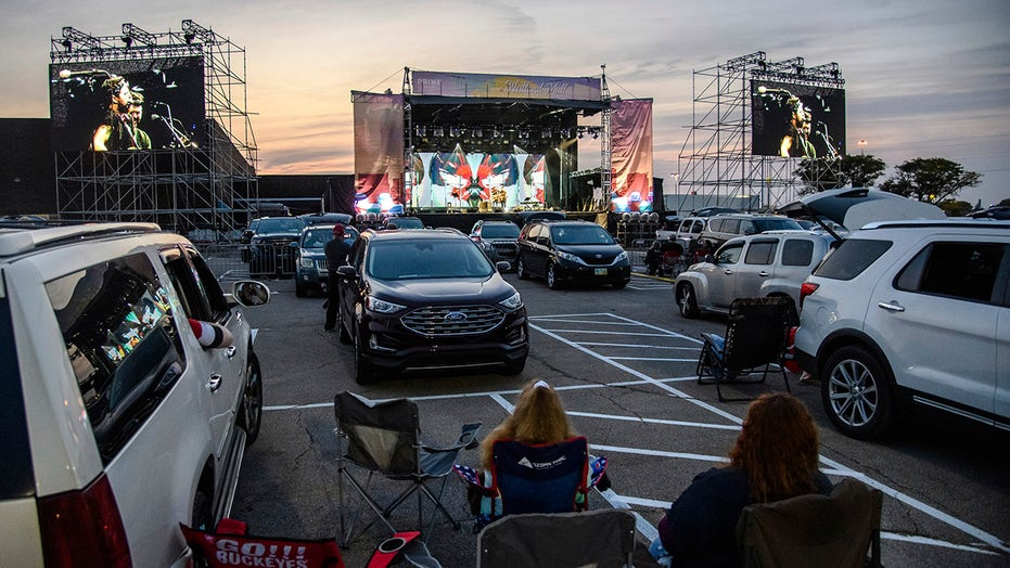 Historic 2020 drive-in movie theater season ending for many