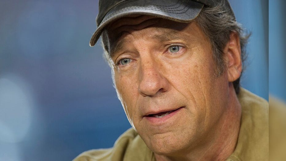 Mike Rowe honors veterans by 'Returning the Favor': 'Every good and decent thing we enjoy was paid in blood'