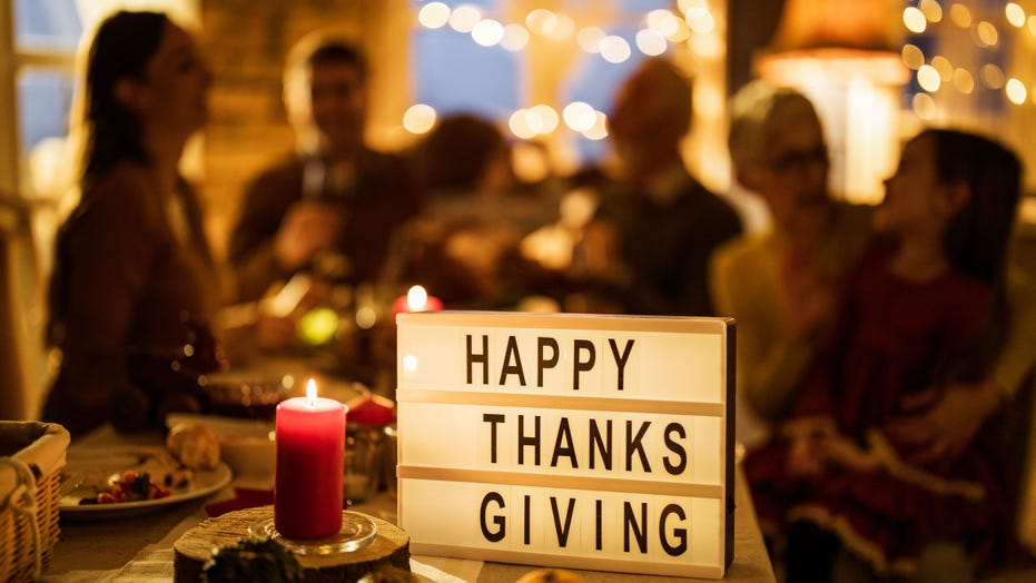 About 40% of Americans intend to celebrate Thanksgiving with at least 10 people, study finds