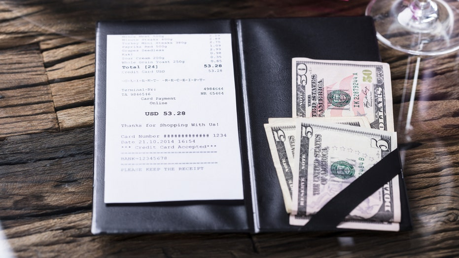 Tennessee restaurant has to pay $179G in back wages for keeping employees' tips