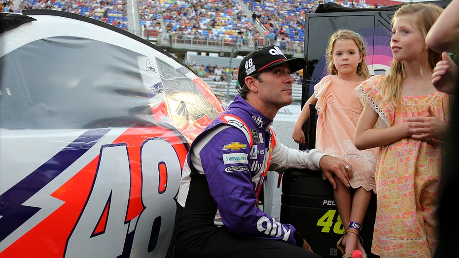 NASCAR: Jimmie Johnson's daughters sent him a heartwarming surprise at Martinsville