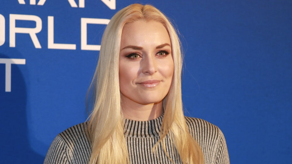 Olympian Lindsey Vonn's dogs motivate her in the gym