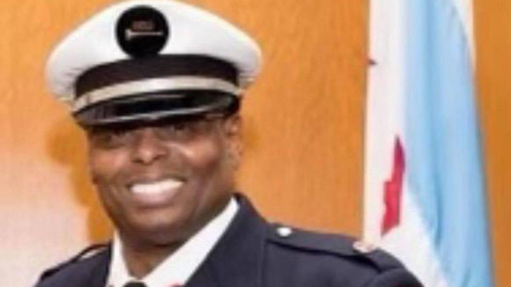 Retired firefighter killed confronting thieves amid Chicago carjacking surge