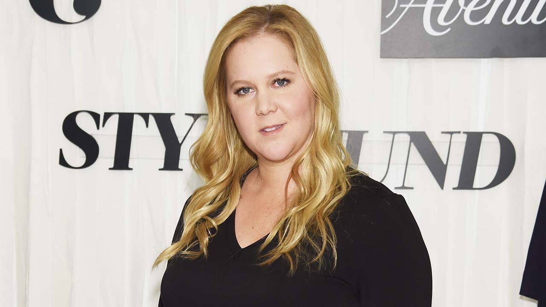 Amy Schumer reveals she had her uterus and appendix removed due to endometriosis