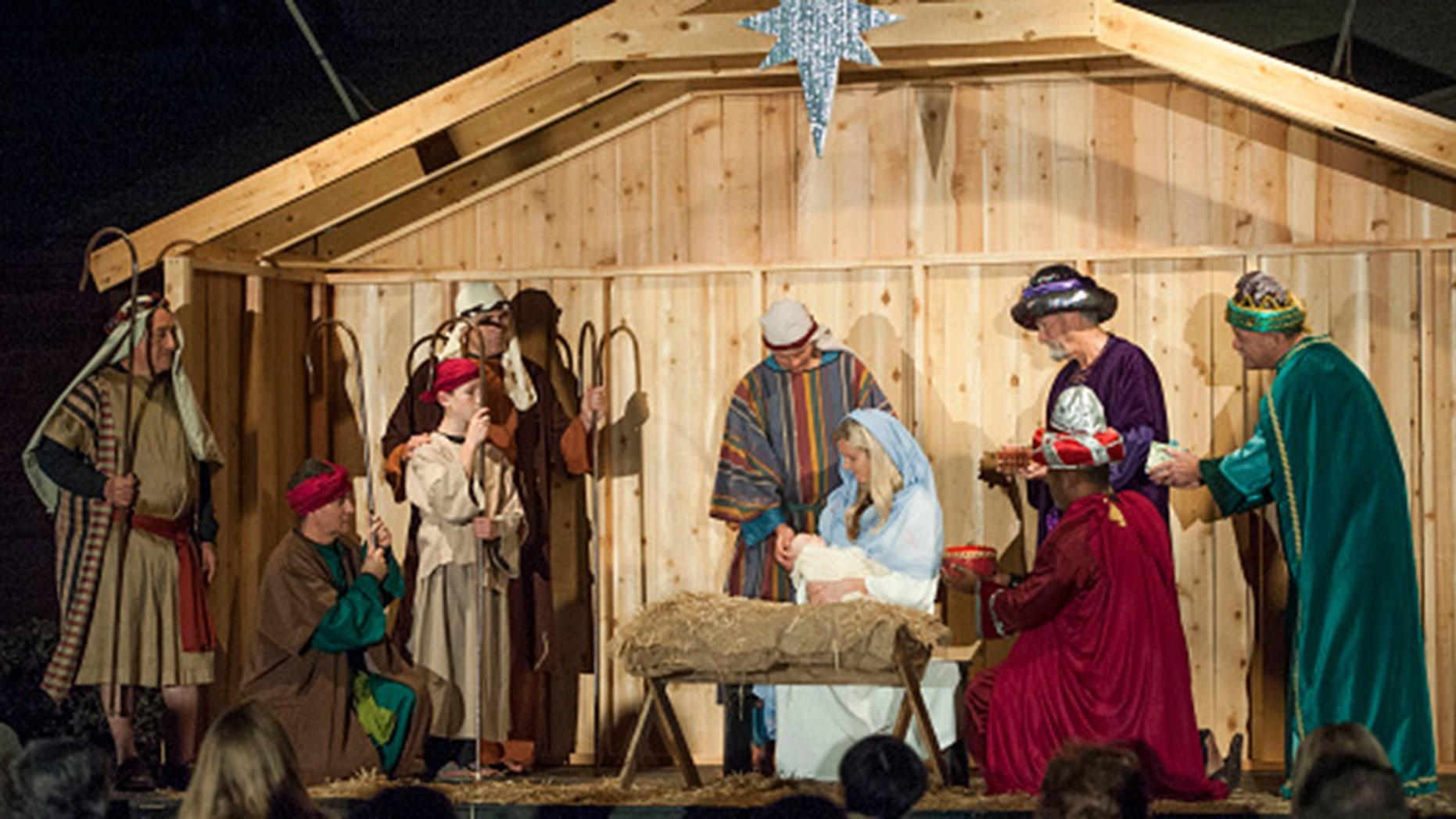 living-mangers-nativity1.jpg?ve=1&tl=1