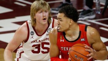 Shannon's 21 help No. 15 Texas Tech hold off Oklahoma 69-67
