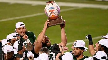 Hawaii beats Houston 28-14 in New Mexico Bowl -- in Texas
