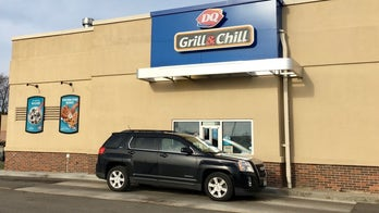 Over 900 Dairy Queen customers 'pay it forward' at Minnesota drive-thru