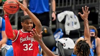 Liddell returns, No. 20 Ohio State tops UCLA 77-70