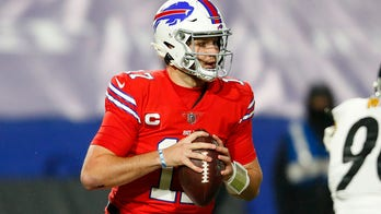 Bills improve to 10-3 with 26-15 win over sloppy Steelers