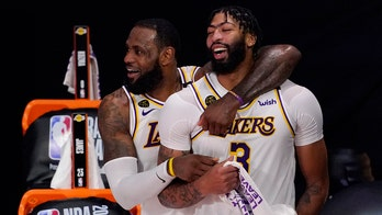 Vogel: Lakers 'have to be even better' to repeat as champs