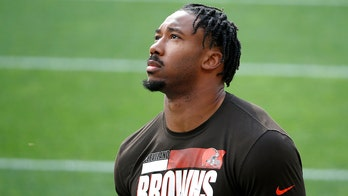 Browns' Garrett said COVID 'kicked my butt, now I'm back'