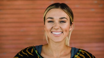'Duck Dynasty' alum Sadie Robertson returns to TV with scripted show: 'As always ALL glory to God'