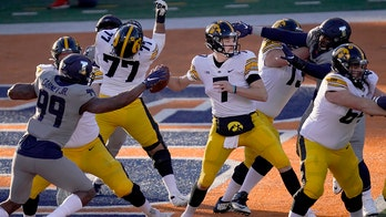 Petras: Iowa opening with 2 ranked opponents is opportunity