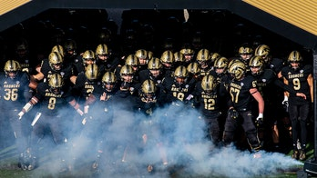 Western Michigan-Ball State game ends in chaos with multiple laterals and early celebrations