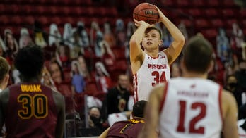 No. 12 Wisconsin knocks off Loyola of Chicago 77-63