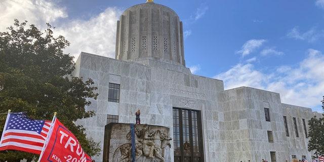 Oregon State Capitol in Salem, Ore. (AP Photo/Sara Cline)