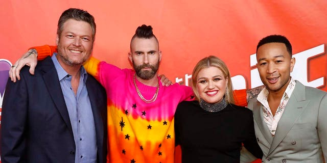 "Stagione ""The Voice"" 16 giudici (da sinistra a destra): Blake Shelton, Adam Levine, Kelly Clarkson e John Legend. (fotografato da: Trae Patton / NBCU Photo Bank / NBCUniversal tramite Getty Images tramite Getty Images)"