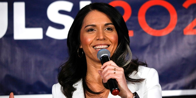 Democratic presidential candidate U.S. Representative Tulsi Gabbard (D-HI) holds a Town Hall meeting on Super Tuesday Primary night on March 3, 2020 in Detroit. (Photo by Bill Pugliano/Getty Images)