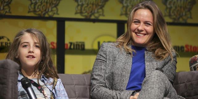 Alicia Silverstone says son has never had antibiotics or 'medical intervention'