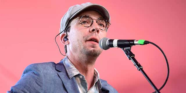 Singer-songwriter Justin Townes Earle died of an accidental drug overdose earlier this year, his team said on Tuesday.