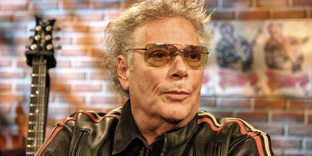 Mountain guitarist and vocalist Leslie West has died at the age of 75 after a heart attack. (Photo by Bill Tompkins/Getty Images)