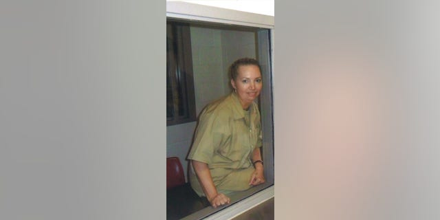 Lisa Montgomery, 52, is the only woman lingering on federal death row was set to executed by lethal injection on January 12. But on Christmas Eve, a federal court put on a halt on the forthcoming date, claiming that it violated federal regulations constituting procedures for carrying out capital punishment.