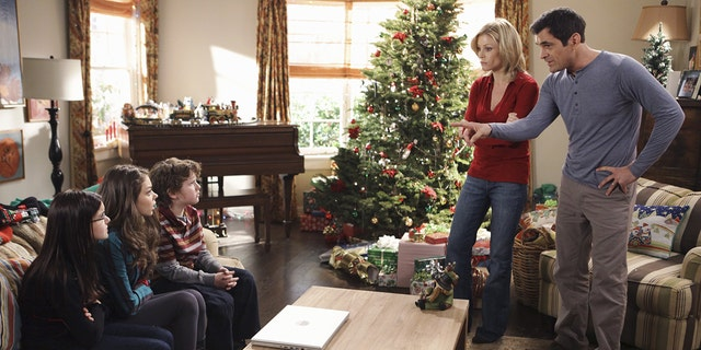 "A still from ""Undeck the Halls,"" the first ""Modern Family"" Christmas episode. (Adam Taylor/Walt Disney Television via Getty Images)"