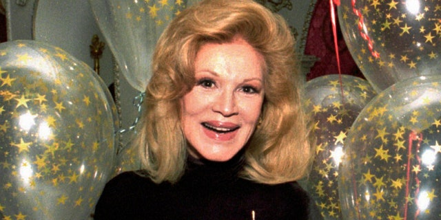 Phyllis McGuire of The McGuire Sisters has died at age 89. (Associated Press)
