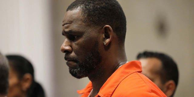 R. Kelly's Chicago trial has been delayed until Sept. 2021. (Antonio Perez/Chicago Tribune/Tribune News Service via Getty Images)