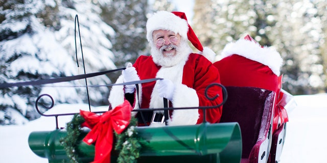 Comandante del NORAD Gen. Glen VanHerck ha confermato che Rudolph è effettivamente alla guida della brigata di renne volanti quest'anno.