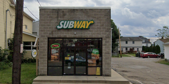 Pennsylvania-based Subway employee Deshawn Richardson thwarted a robber in Rochester Borough, Beaver County. (Google Maps)