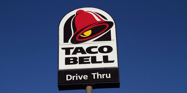 A Taco Bell employee in South Daytona, Florida, received a $6,095 tip from a local community group on Friday. (iStock)