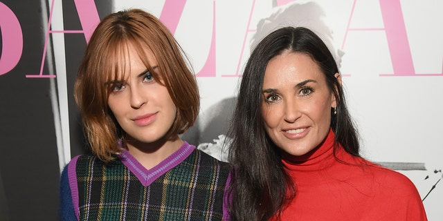 """Tallulah Willis, left, said that her mother, Demi Moore, raised her to be """"private."""" (Getty Images)"""