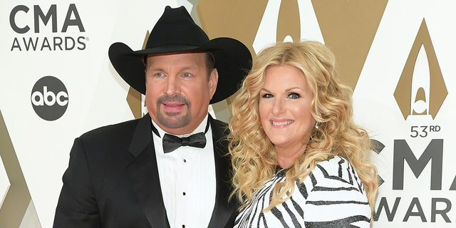 Garth Brooks and Trisha Yearwood were exposed to the coronavirus earlier this month, and the test could not be performed immediately due to the winter weather.  (Photo by Jason Kempin/Getty Images)