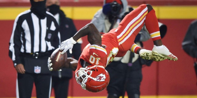 The Chiefs will start their title defense. (Tammy Ljungblad/The Kansas City Star via AP)
