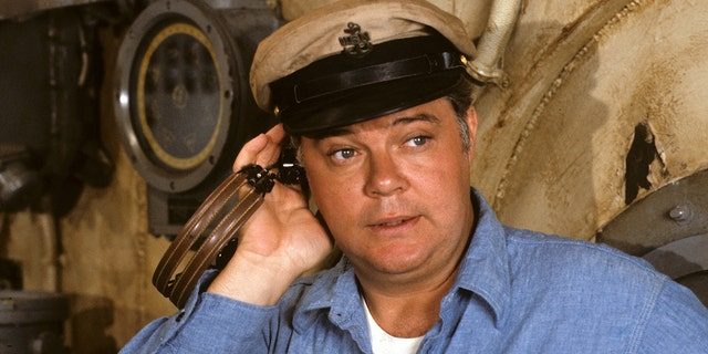 Warren Berlinger, who appeared on 'Operation Petticoat,' has deid at 83. (Photo by Walt Disney Television via Getty Images Photo Archives/Walt Disney Television via Getty Images)