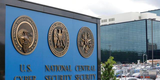 پرونده: تابلوی مقابل پردیس آژانس امنیت ملی (NSA) در فورت مید ، میشیگان.