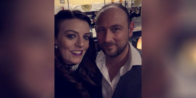 Jenna Roberts and Simon Jones canceled their original plans to get married in July of this year due to the ongoing coronavirus pandemic in the United Kingdom.