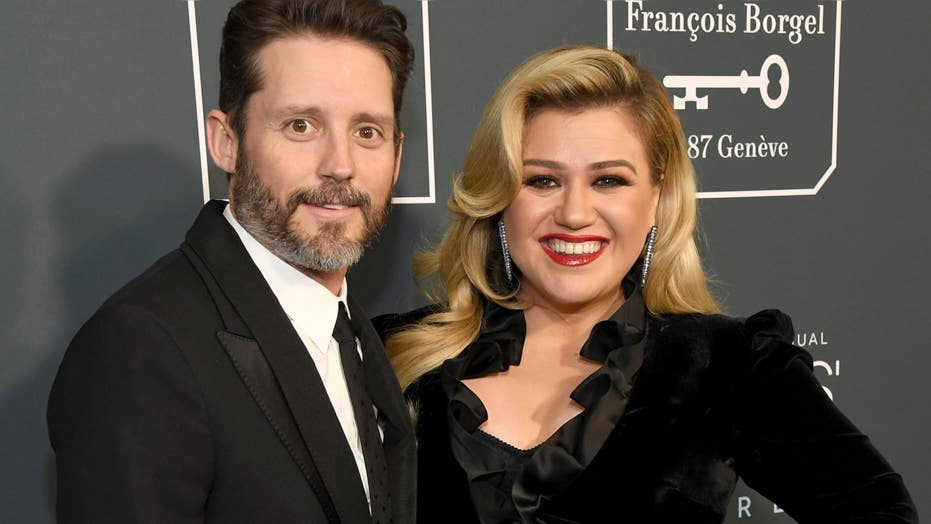 Kelly Clarkson requests judge declare her legally single amid divorce from Brandon Blackstock: report