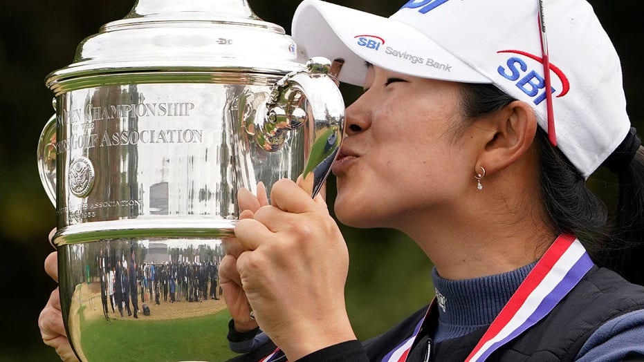 A Lim Kim wins US Women's Open debut with record-tying rally